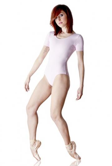 Danse des corps demi-manches