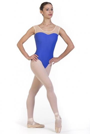 Danse des corps avec encolure transparente