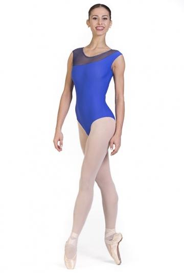 Danse des corps avec coupe asymétrique