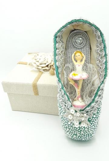Pointe shoes art Six