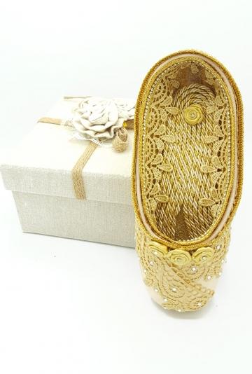 Pointe shoe art One